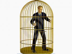 Nacemos libres, pero la familia, la sociedad, la cultura nos meten en una jaula