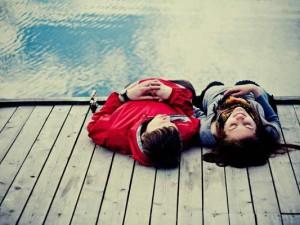 El amor no hace daño, y si hace daño no es amor.