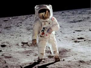 Solamente doce personas han pisado la Luna.