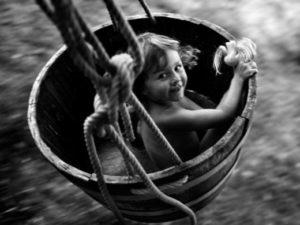 Excava y desentierra tus necesidades ocultas. Ejercicio con el niño interior.