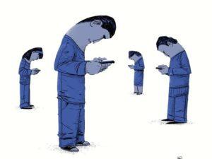 Somos adictos al móvil porque creemos que en él está todo.